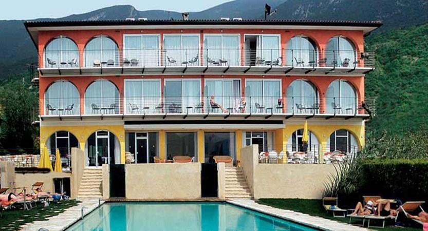 Hotel Internazionale, Malcesine, Lake Garda, Italy - exterior.jpg