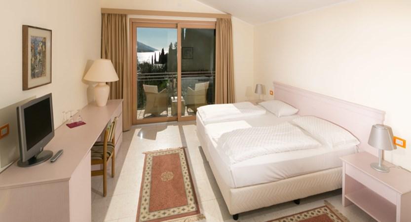 Maximilian Hotel, Malcesine, Lake Garda, Italy - bedroom interior.jpg