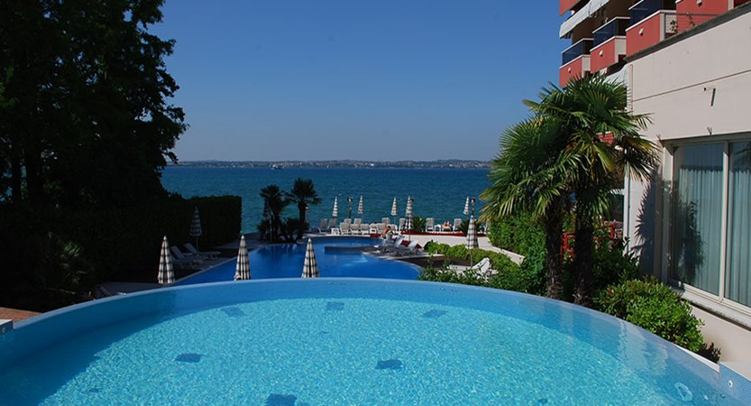 Continental Hotel, Sirmione, Lake Garda, Italy - Infinity pool.jpg