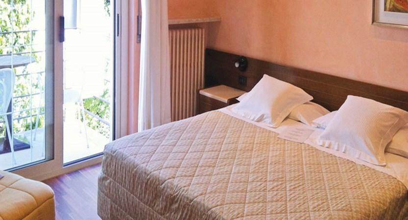 Du Lac Hotel, Sirmione, Lake Garda, Italy - Double bedroom.jpg