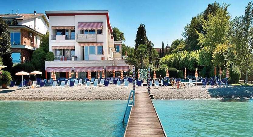 Du Lac Hotel, Sirmione, Lake Garda, Italy - Jetty & lakeside beach.jpg