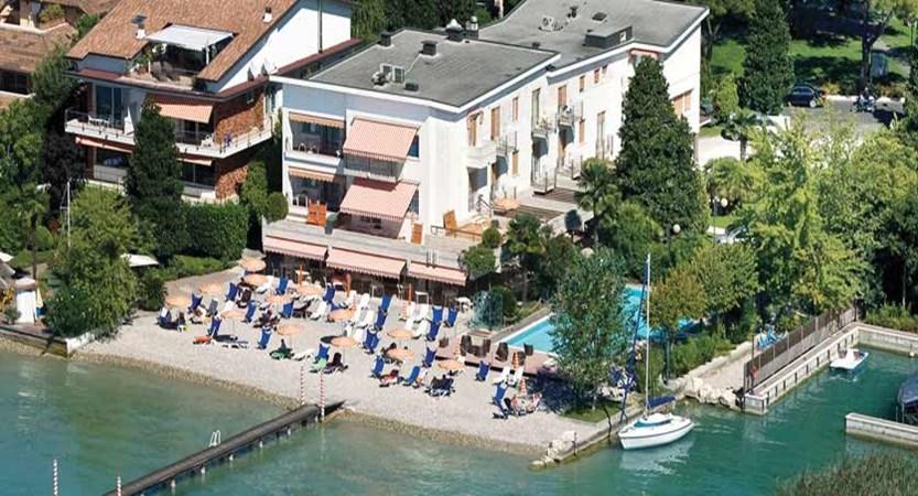 Du Lac Hotel, Sirmione, Lake Garda, Italy - Lakeside beach & jetty.jpg