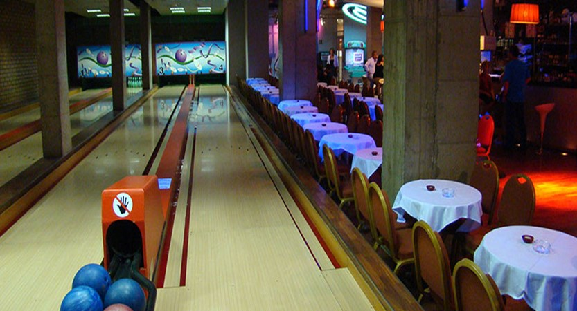 Princesa Parc hotel bowling alley