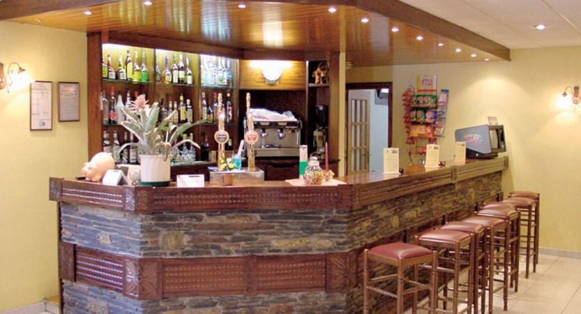 Xalet Besoli aparthotel - bar