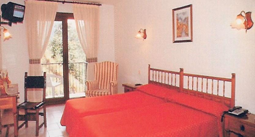 Xalet Besoli aparthotel - double room