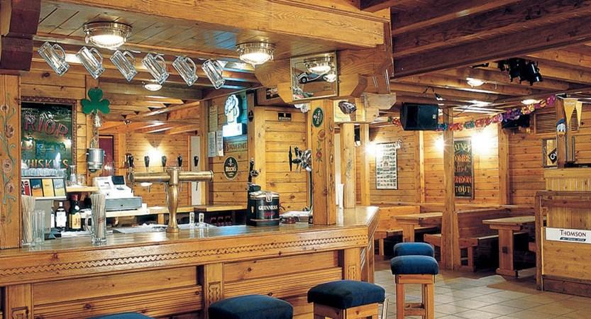 Pub, Sport Hotel.jpg