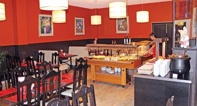 Hotel Palarine, restaurant.jpg