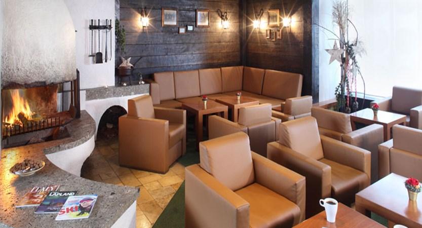 austria_st-christoph_chalet-hotel-st-christoph_lounge.jpg