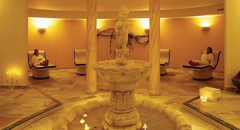 Austria_St-Anton_Hotel-Alte-Post_spa_relax.jpg