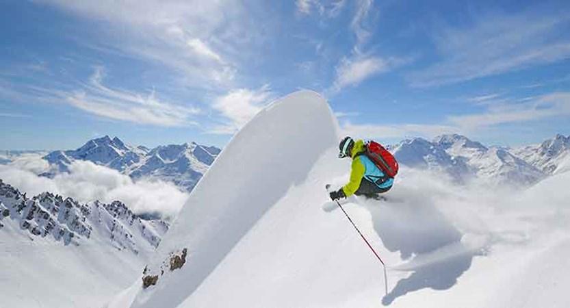 austria_st-anton_ski.jpg
