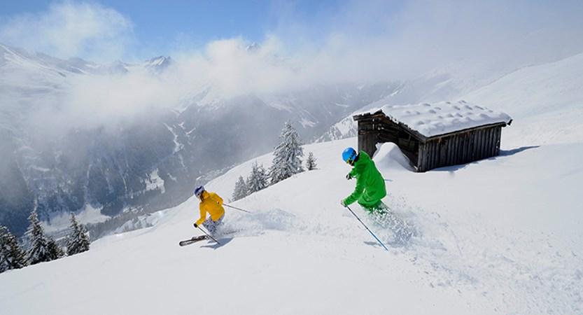austria_st-anton_ski_shed.jpg