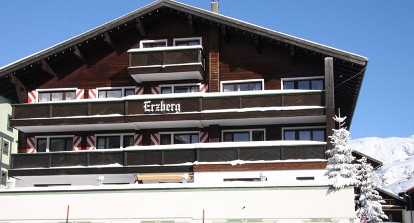 austria_arlberg-ski-area_zurs_hotel_Erzberg_exterior_front.jpg