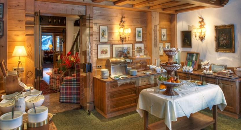 austria_arlberg-ski-area_lech_hotel_haldendorf_buffet.jpg