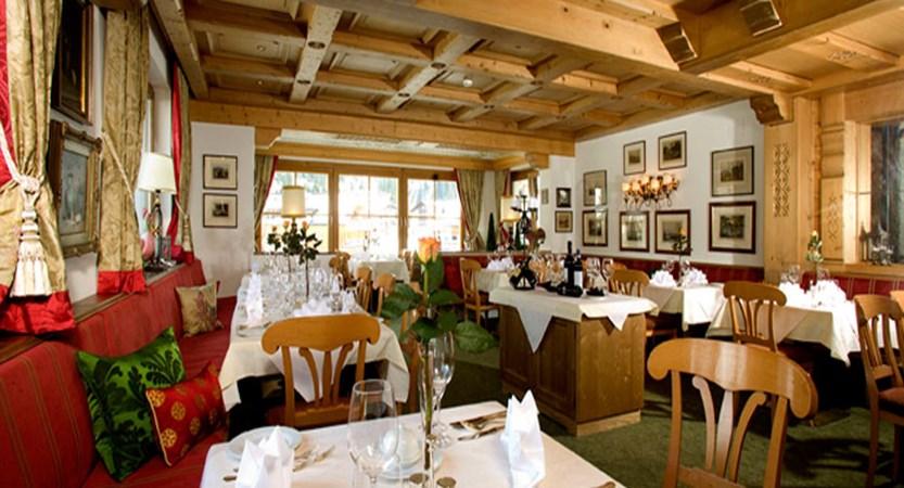 austria_arlberg-ski-area_lech_hotel_haldendorf_dining.jpg
