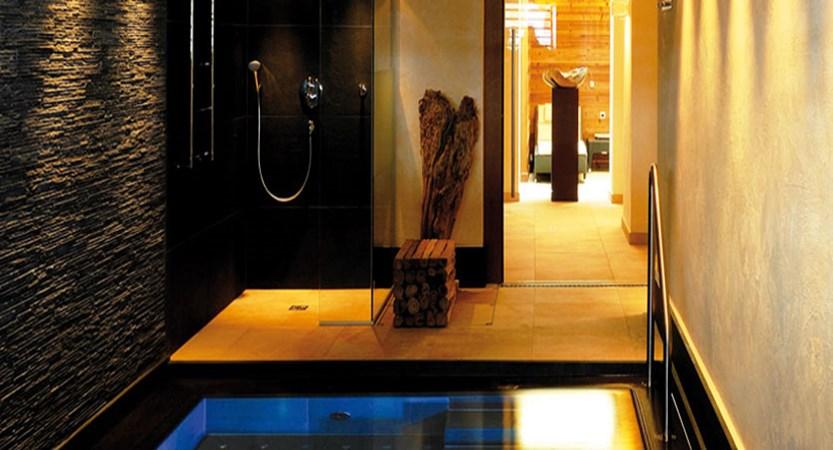 austria_arlberg-ski-area_lech_hotel_haldendorf_pool.jpg