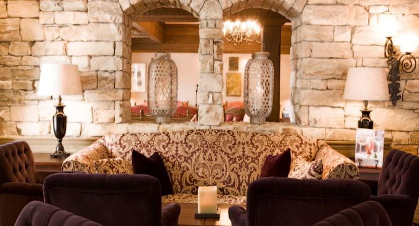 austria_arlberg-ski-area_lech_Hotel-Berghof_arlberg_lounge.jpg