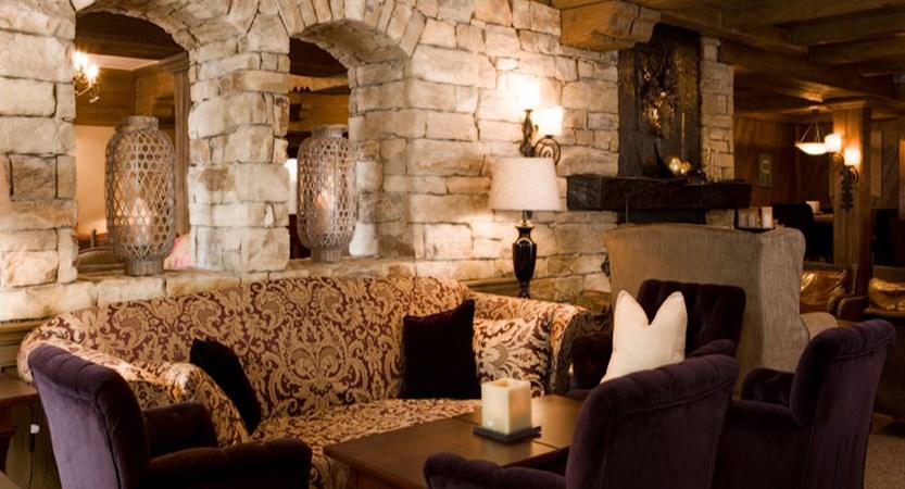 austria_arlberg-ski-area_lech_Hotel-Berghof_arlberg_Lounge_purple.jpg