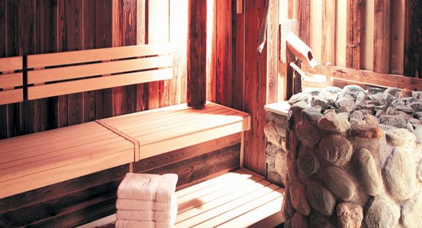 austria_arlberg-ski-area_lech_Hotel-Berghof_arlberg_sauna.jpg
