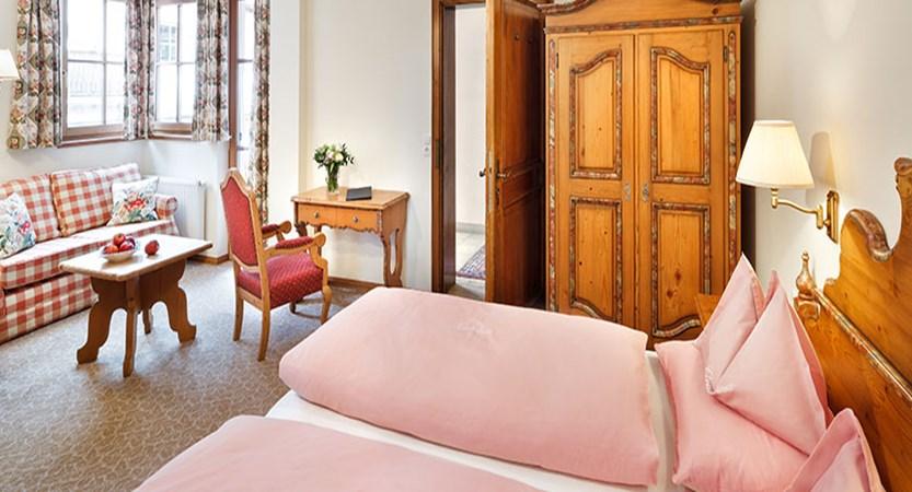 chesa-rosa-snow-princess-twin-bedroom.jpg