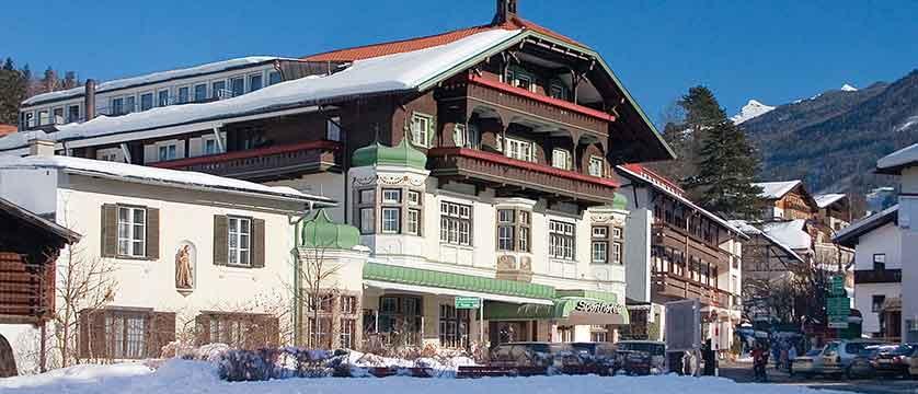 Sporthotel Igls Austria exterior snow