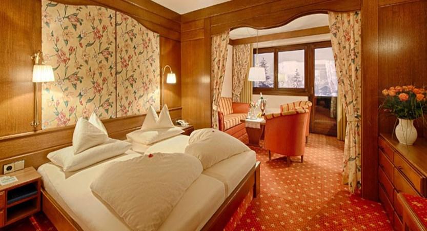 austria_bad-kleinkirchheim_thermal-spa-hotel-pulverer_bedroom3.jpg