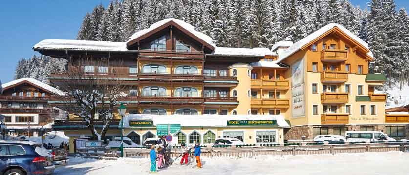 austria_filzmoos_hotel-bischofsmütze_exterior.jpg