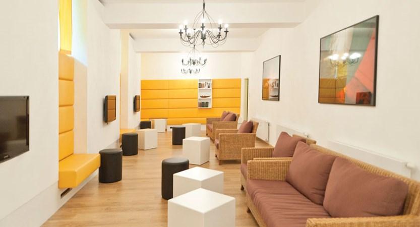 Austria_Filzmoos_Hotel-Alpenkrone_Lounge2.jpg