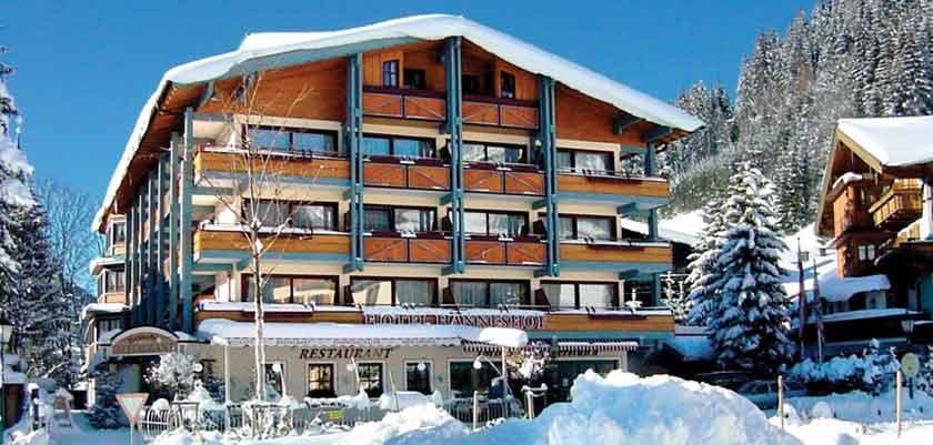 Austria_Filzmoos_Hotel-Hannefhof_exterior.jpg
