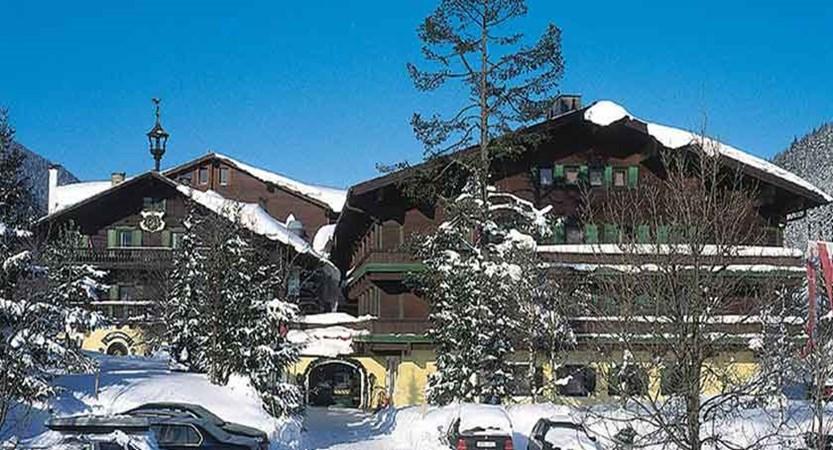 Austria_Filzmoos_Hotel-Unterhof_Exterior-winter2.jpg