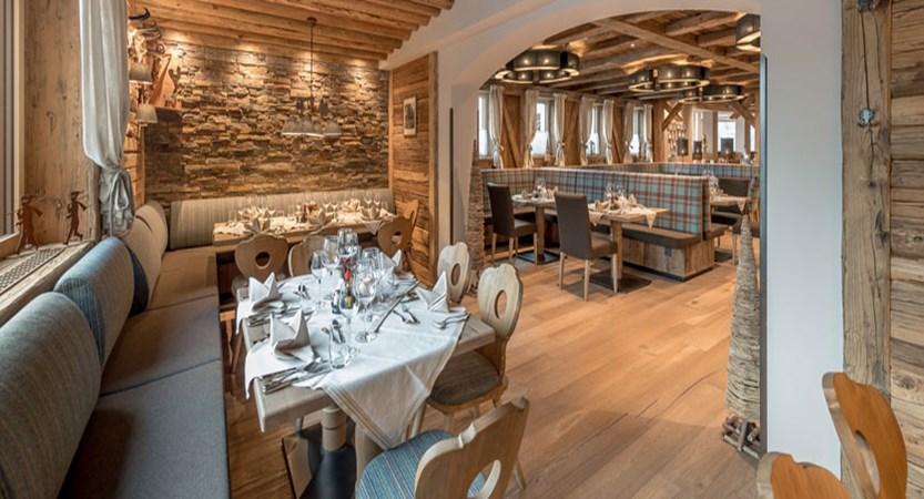 austria_hochgurgl_hotel-riml_dining-room3.jpg