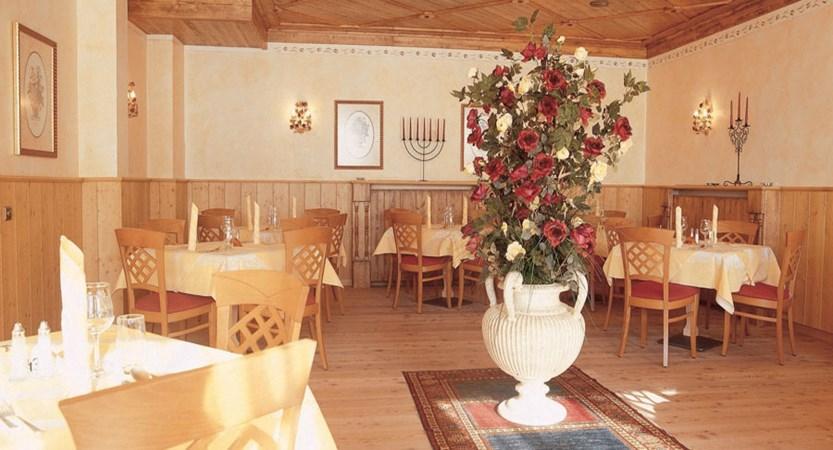 Austria_Hochgurgl_Hotel-Riml_Dining-room6.jpg
