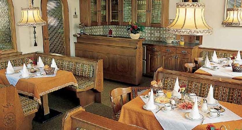 Austria_Ischgl_Hotel_Val Sinestra_breakfast.jpg