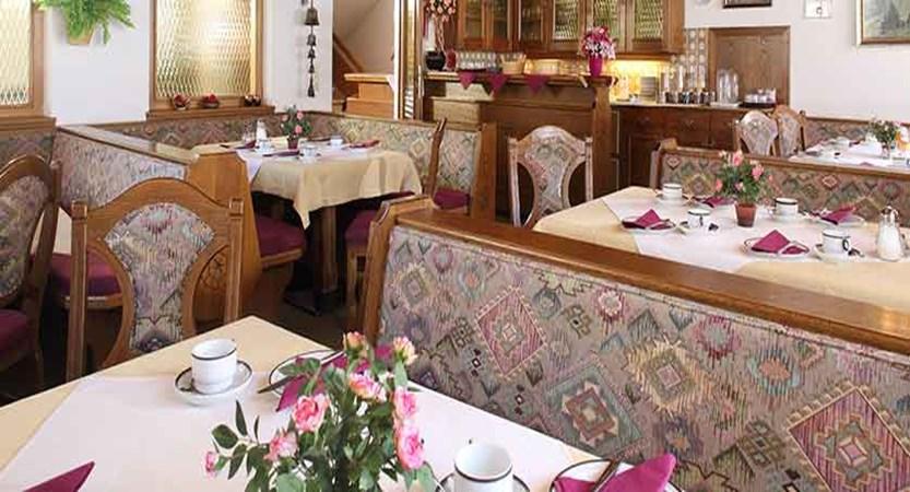 Austria_Ischgl_Hotel_Val Sinestra_dining.jpg