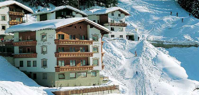 Austria_Ischgl_Hotel_Val Sinestra_exterior.jpg