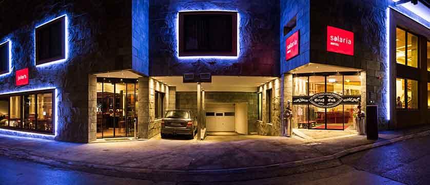 Austria_Ischgl_Hotel Solaria_exterior-at-night.jpg