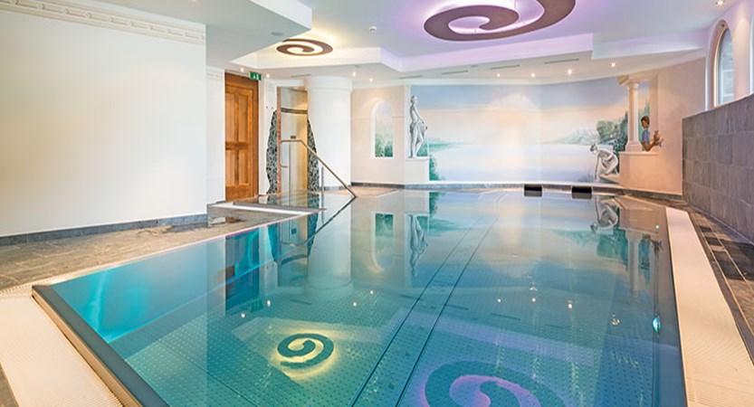Austria_Ischgl_Hotel Solaria_indoor_Pool.jpg