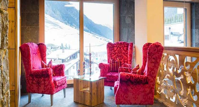 Austria_Ischgl_Hotel Solaria_lounge.jpg