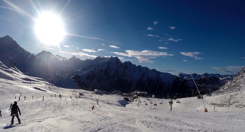 austria_ischgl_early-season-bluebird.jpg