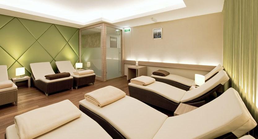 Austria_Kitzbuhel_Hotel-Schweizerhof_Relaxation-area.jpg