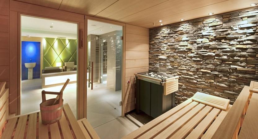 Austria_Kitzbuhel_Hotel-Schweizerhof_Sauna.jpg