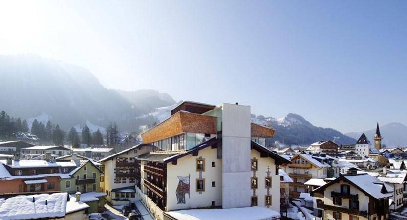 Austria_Kitzbuhel_Hotel-Schwarzer_Adler_outdoor.jpg