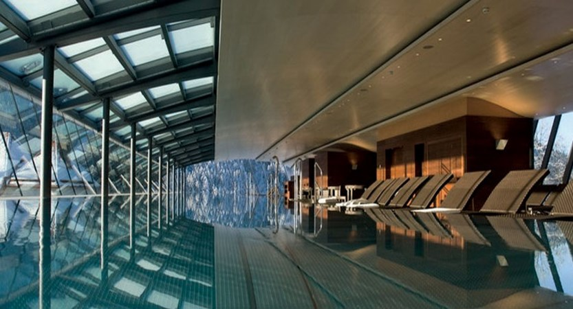 Austria_Kitzbuhel_Hotel-schloss-lebenberg_indoor-pool.jpg
