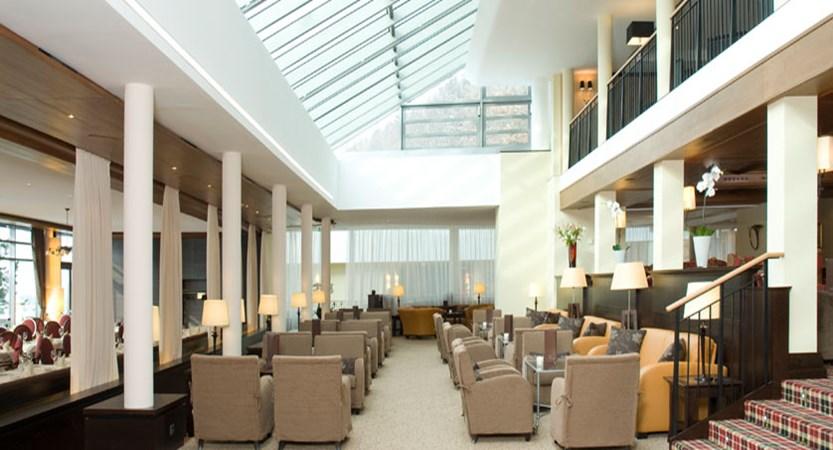 austria_kitzbuhel_hotel-schloss-lebenberg_lobby.jpg