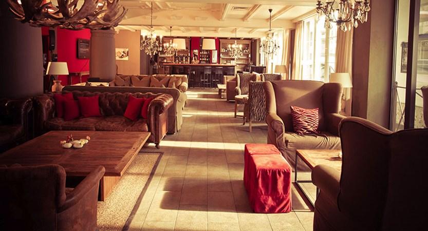 Austria_Kitzbuhel_Q-Hotel_Maria_Theresia_Lounge.jpg