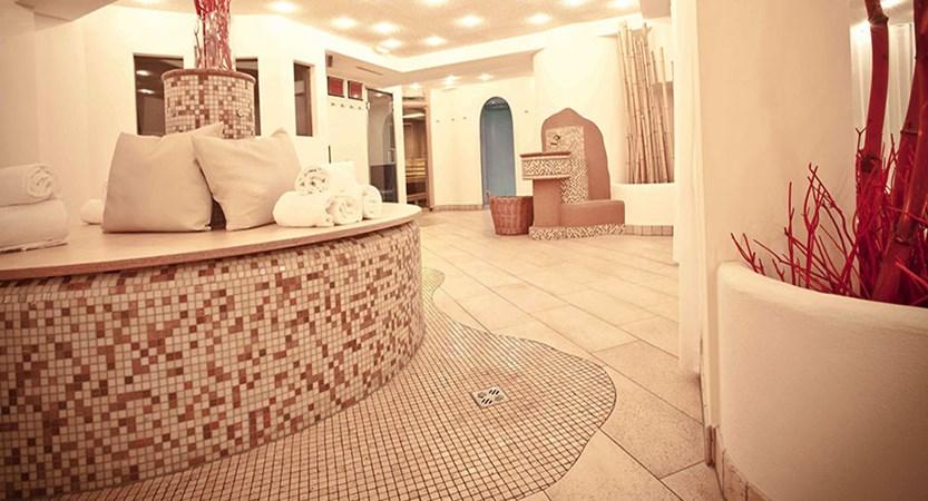 Austria_Kitzbuhel_Q-Hotel_Maria_Theresia_Spa-area.jpg