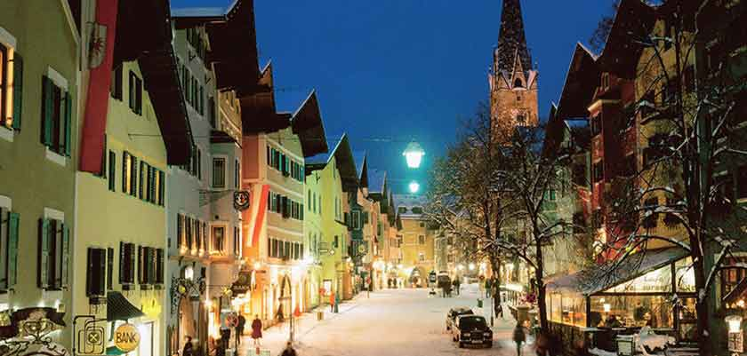 Kitzbuhel, town at night