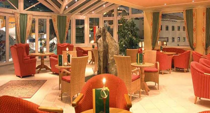 austia_kuhtai_alpen-residenz-mooshaus_conservatory.jpg