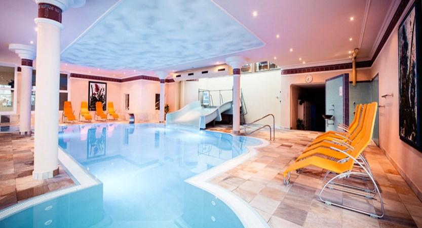 austia_kuhtai_alpen-residenz-mooshaus_indoor-pool.jpg