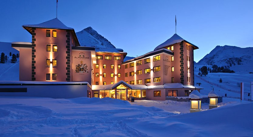 Austria_Kuhtai_Hotel-Alpenrose_Exterior-winter-night.jpg