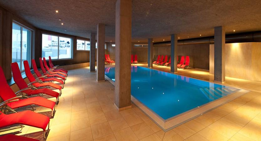 austria_kuhtai_hotel-alpenrose_indoor-pool.jpg